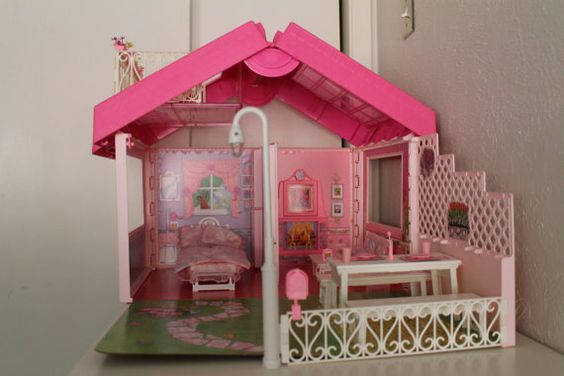 Omg I had this one!! Awww... :)Vintage Barbie Fold N Fun House by peppermintboutique on Etsy