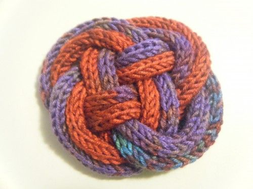 Knitting Knobby Projects : Brooches and celtic knots on pinterest