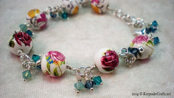 How to Make a Bead and Swarovski Crystal Bracelet
