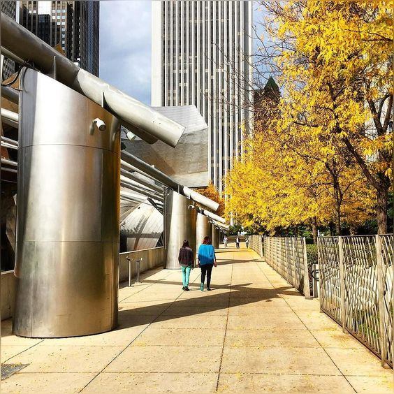 well glad to see sun out though for a moment I believe  as you can see clouds are there :) #AutumnTimes #JayPritzkerPavilion #PritzkerPavilion #PritzkerMusicPavilion #Bandshell #MillenniumPark #LoopCommunityArea #TheGrandLawn #Warm #Evening #SunnyDay #Chicago #Windycity #Colors #Lovely #Downtown #Lively #HappyTuesday #Autumn2016 #CloudyDay #Fal2016 #November2016