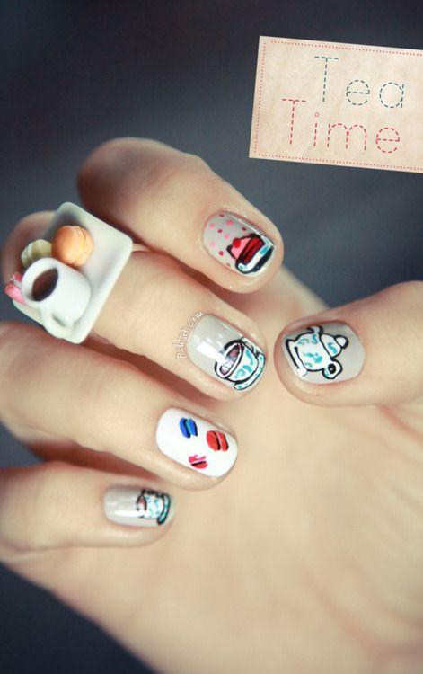 nails + tea time