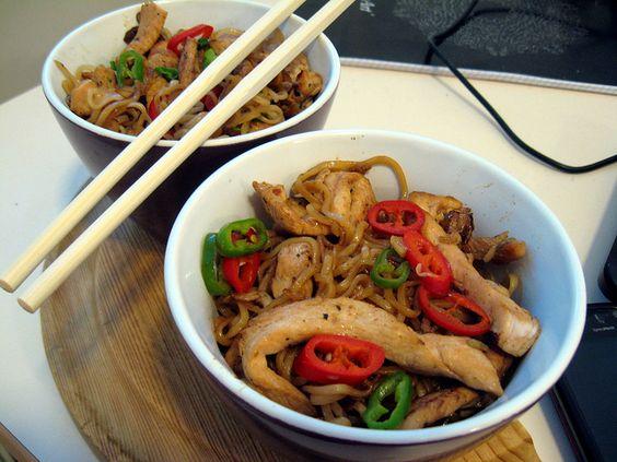 Spicy noodles with chicken by Boštjan Cigan, via Flickr