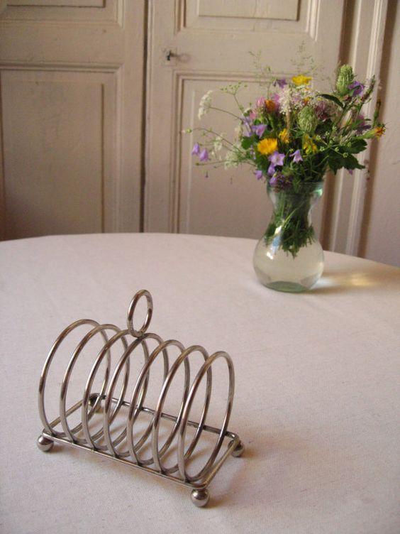 Porte toast en métal argenté pour 6 tranches / Table française / Vintage France