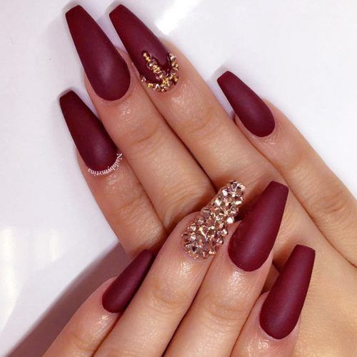 50 Newest Burgundy Nails Designs You Should Definitely Try In 2020 Maroon Nails Burgundy Matte Nails Burgundy Nails
