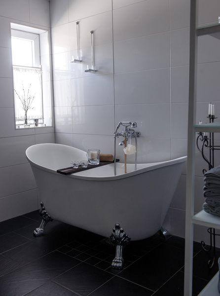 badrum,toalett,badkar,tassar,badkar med tassar   Huset   Pinterest ...