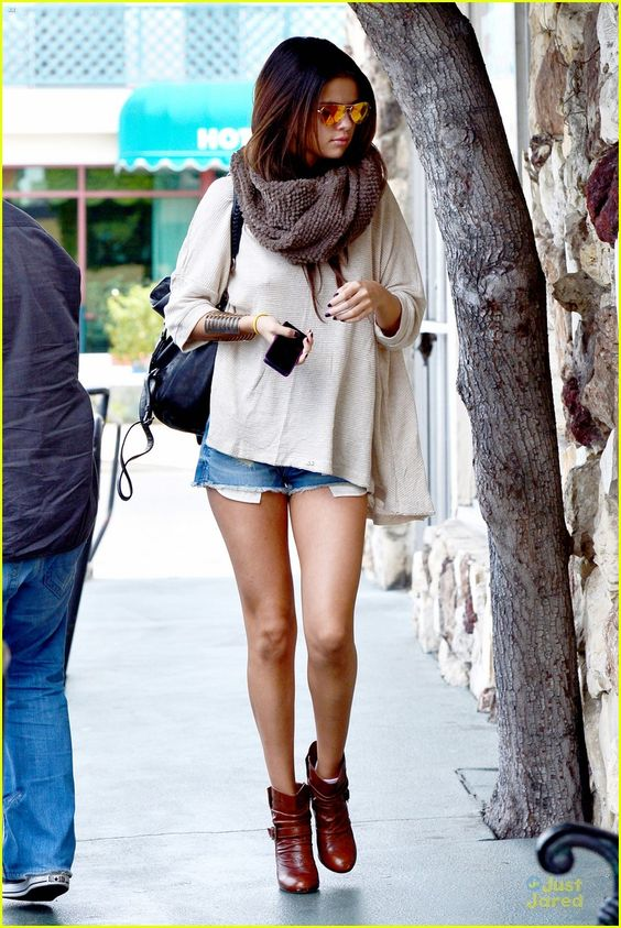 Selena Gomez - I love her! She is my life!<3