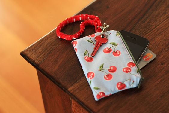 DIY wallet for phone and card