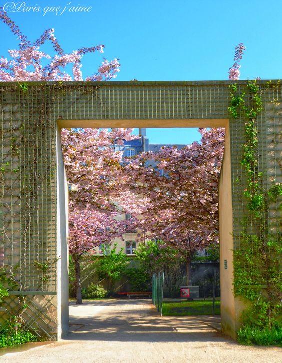 Jardin Anne Frank Paris En 2019 Paris