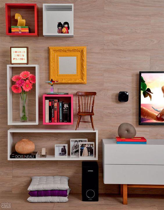 Sala colorida e aconchegante: