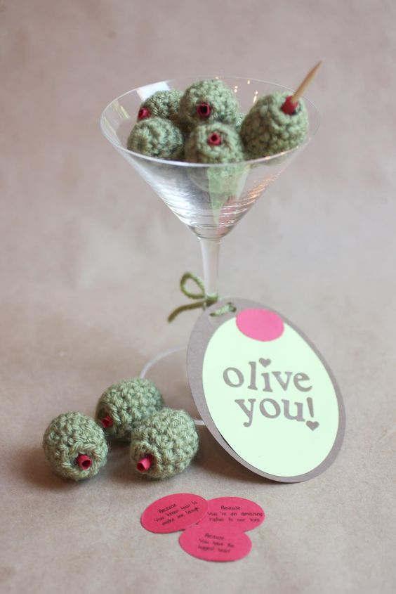 hmmm, crochet olives - i just might have to make some of these: