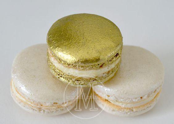 golden macaron