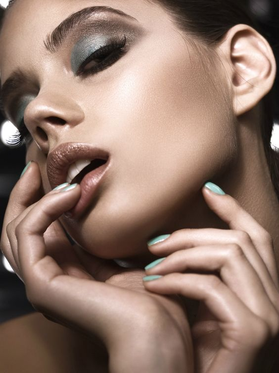 Excellent brown turquoise makeup