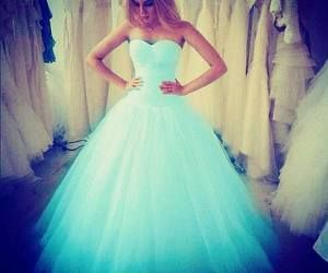 I love this dress because 1. It's my favorite color 2. It's fluffy 3. If I had it, it would look good with my skin tone.♥❤