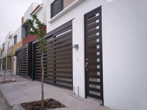 Rejas modernas y minimalistas puertas de cochera for Techos de casas modernas