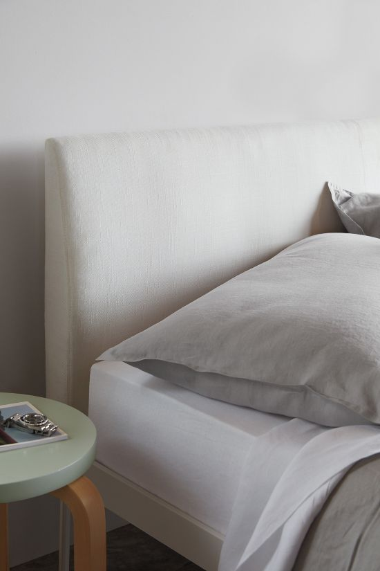 Min Bed With Headboard In 2020 Headboards For Beds Min Beds