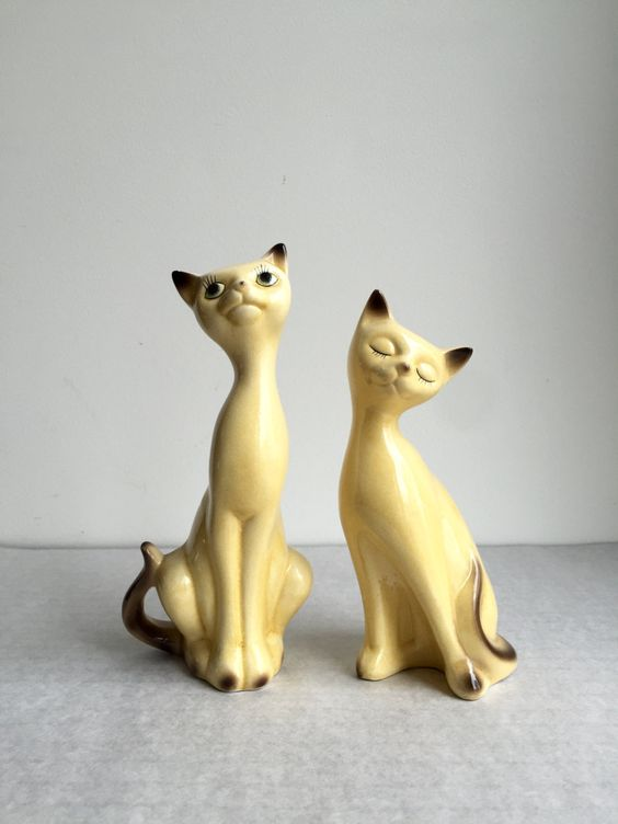 Vintage Katzen Porzellan, Katzen Paar mid century, deutsche Keramik Katzen, Vintage Dekoration, Sammlerstück Katzen, von moovi auf Etsy