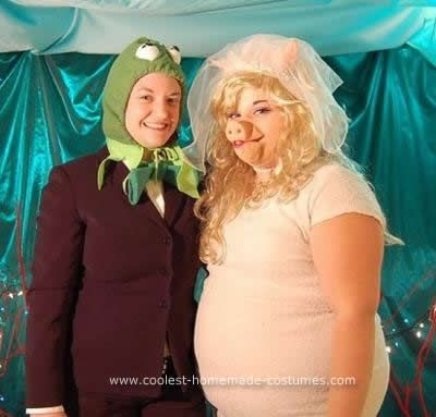 Coolest Kermit and Miss Piggy Couple Costume Kermit and miss piggy - homemade halloween costume ideas for women