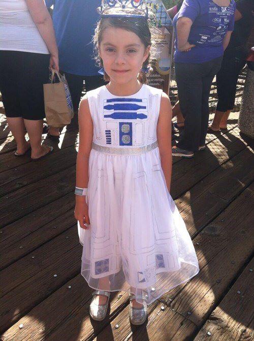 Best little girl Halloween costume idea ever! Girls Halloween - kid halloween costume ideas