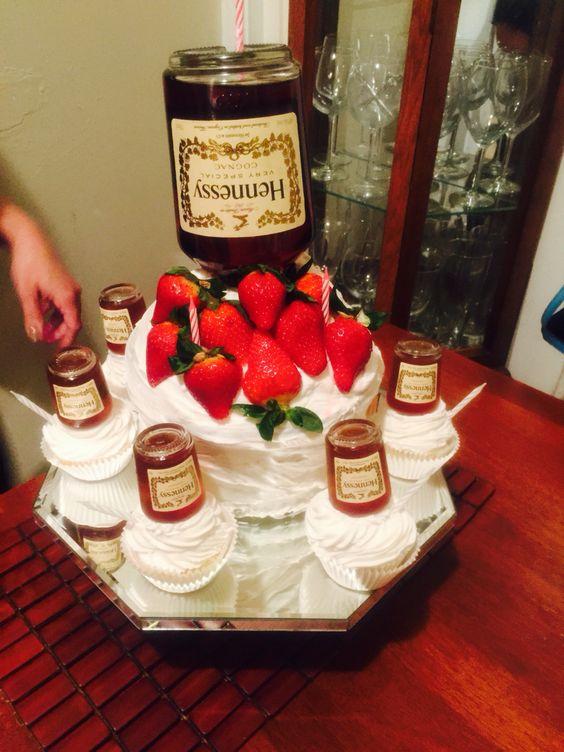 Hennessy S Cake By Me Party Ideas Pinterest