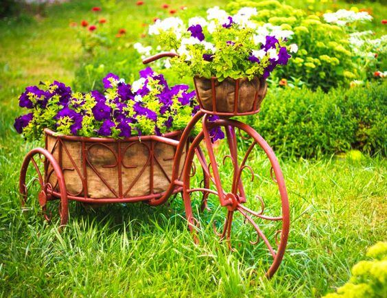 Flower Baskets Crossword Clue : Basket of flowers vintage and jigsaw puzzles on
