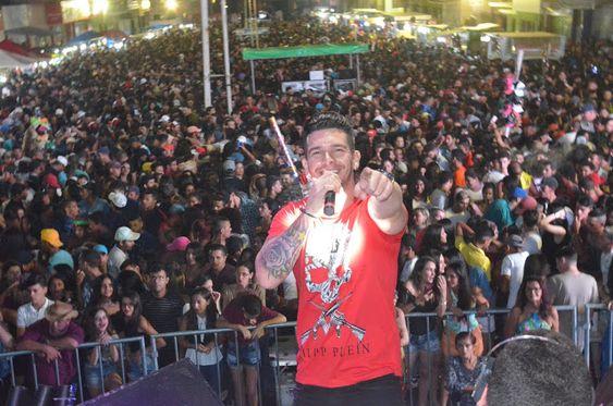 Visão Surubim: A Banda Masseta da um show na Festa de São José em...