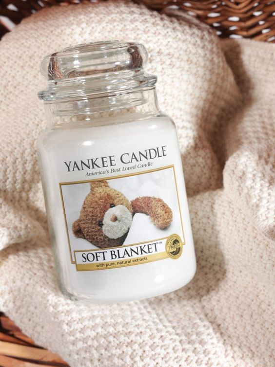 Always burn this in our bedroom! Soft Blanket is a light, soft scent. Vanilla, delicate powder, fresh citrus, a touch of amber... cuddle up under the covers and relax!