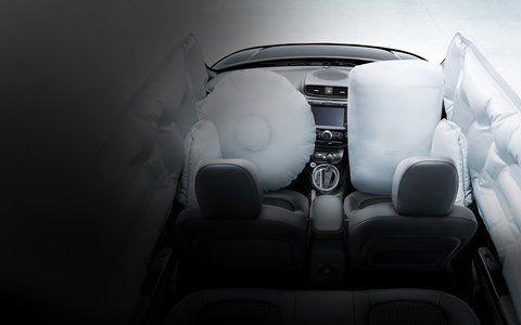 The 2018 Kia Soul With Airbags Deployed Kia Soul Kia Compact Crossover