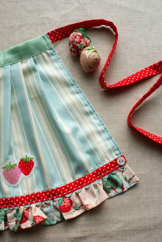 avental morangos: