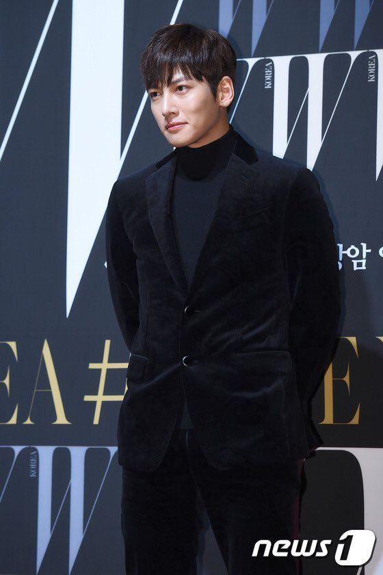 Ji Chang Wook on the W Korea 10th annual breast cancer awareness event red carpet