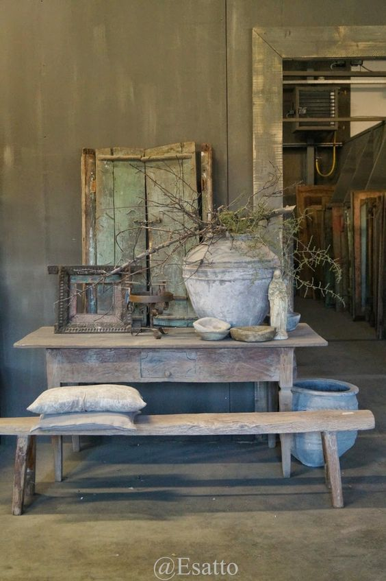 Hoffz furniture with pure original lime paint on the for Rustic elegance furniture