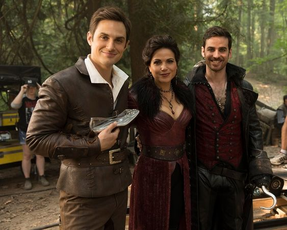 Once Upon A Time Season 7 Episode 3 Preview Photos Plot And Trailer Once Upon A Time Colin O Donoghue Season 7