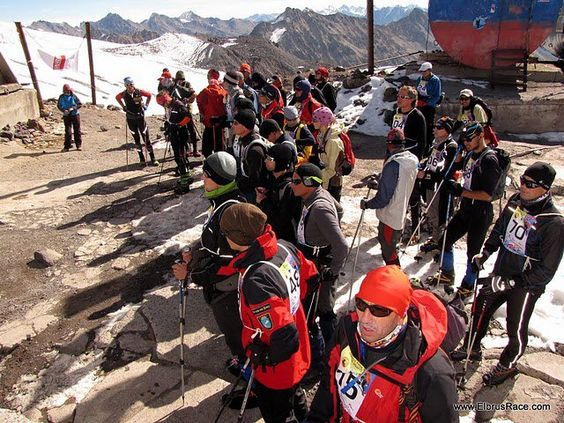 Lined up ready to leave for the Elbrus Race 2010 Qualifier