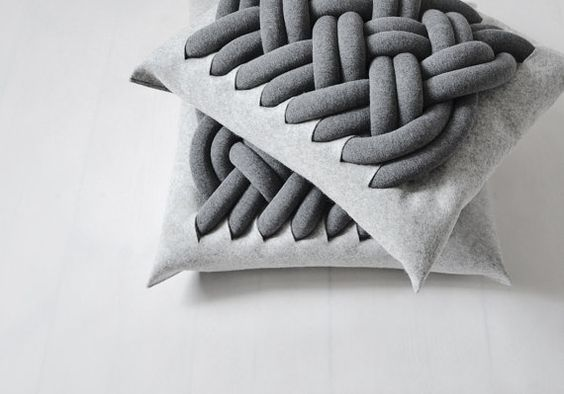 KNOTTY pillow (jersey tubes stuffed with polyurethane foam, knotted together and attached to a 100% woolen felt pillow):