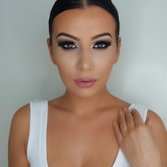 """""""@maybelline Fit me foundation and age rewind concealer in 'light'  @hm bronzer  @makeupgeekcosmetics blush in 'spell bound'  #makeupgeekcosmetics…"""""""