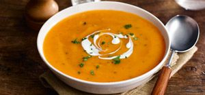 This carrot & coriander soup, part of Slimming World's food range, is hearty, warming and sure to hit the spot!