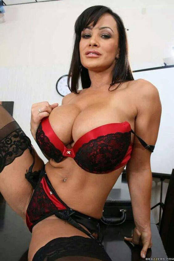 lisa ann body