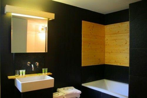 33 dunkle Badezimmer Design Ideen - dunkle badezimmer design ideen schwarze wandbelag modern bathroom minimalistic look