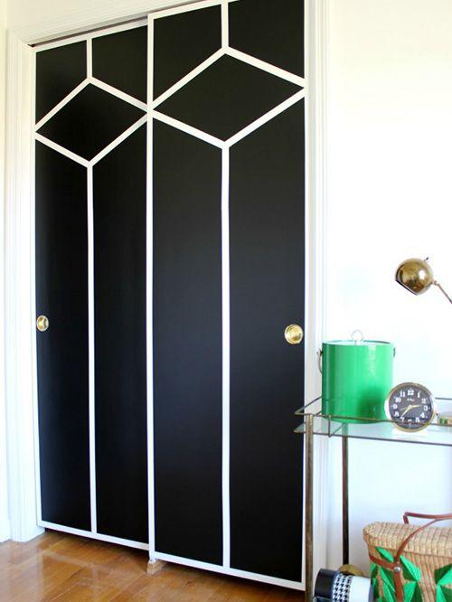 18 Ideas Perfectas Para Decorar Las Puertas De Tus Armarios Puertas De Armario Pintadas Armarios Pintados Puertas Armarios