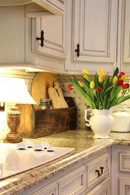 Savvy southern style a kitchen corner i love love for Southern style kitchen ideas