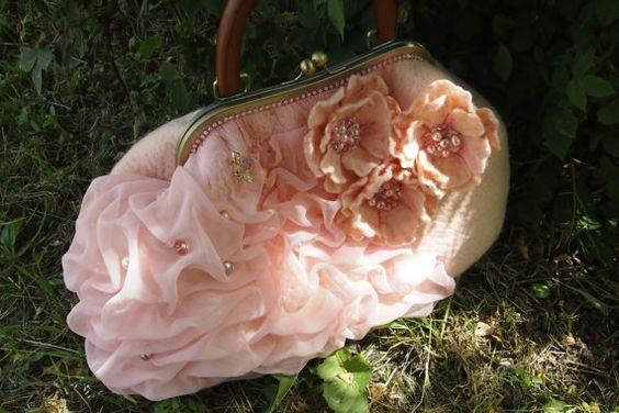 Felted wool purse-Felted wool bag-Wet felted bags-Felted handbag-felt bag-top…