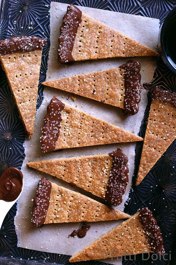Espresso Shortbread Cookies // Tutti Dolci