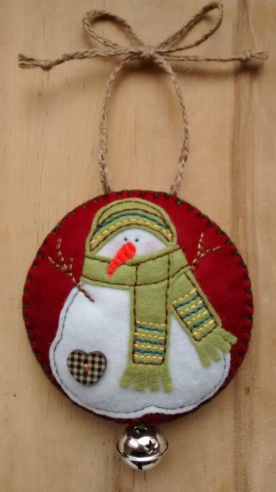 Felt Snowman Christmas/Festive hanging decoration/tree ornament