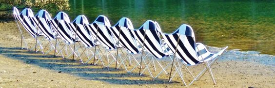 blacknwhite stripe_Butterfly chairs