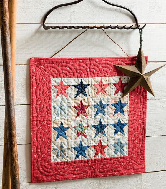 Love this Stars and Stars mini quilt by Laurie Simpson, from the book Moda All-Stars Mini Marvels.