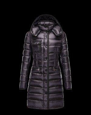 MONCLER HERMINE  Ce manteau doudoune Moncler est indispensable en hiver. Techno fabric / Turtleneck / Three pockets / Feather down inner / Logo Composition:100% Polyamid  €353, Jusqu'à -77%  Acheter maintenant: http://www.monclerfr.com/moncler-femme-doudoune.html