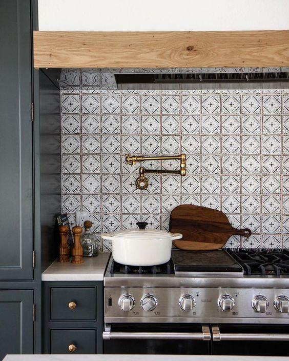 Odd And Beautiful Kitchen Backsplashes: Beautiful Kitchen Backsplash Ideas