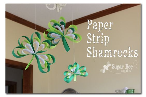 Paper Strip Shamrocks - super easy way to add a little green to your house
