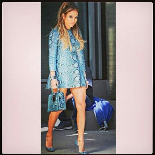 JLO killed this outfit.... well put together!