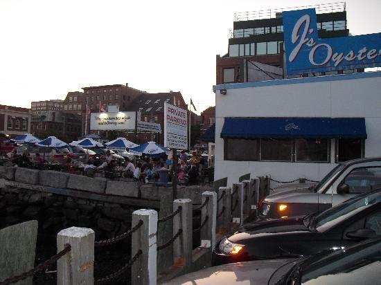 Portland, Maine - J's Oyster (Restaurant) - 5 Portland Pier