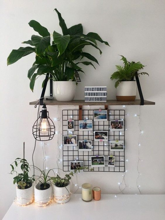 imaginative DIY crafts and also suggestions to make your bedroom decor awesome? This fun checklist of DIY bedroom decorating ideas has a little of everything-lighting, wall surface art, drapes, accessories and more. With a few of these simple Do It Yourself tasks, your bedroom will rapidly go from blah and also dull to enjoyable and also vibrant! #DIY#Room#homedecor